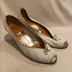 Joan & David vintage white silver heels pumps